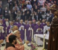 Папа Франтішек скінчів свою навщіву в Мароку