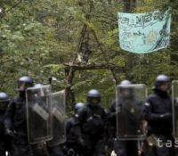 Мадярьско выслало поліцайный контіґент до Сербії і Северной Мацедонії