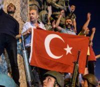 Турція хоче продовжовати у вынятковім стані