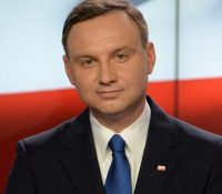 Польскый презідент вернув сейму контраверзны законы