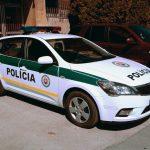 Slovenská_polícia,_police_car_Kia_Cee'd
