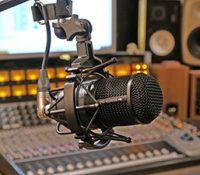 З Пряшова зачало высылати перше ромске радіо на Словенску