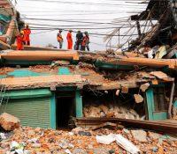 Найменше 90 людей загынуло з причины поводні і зосувів землі в Непалі