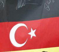 Од 15. юла 2016 року достало в Німецку азіл скоро 200 людей с турецькым діпломатічным пасом