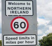 Брітска влада нехоче завести граничні контролі меджі Северным Ірском і Ірском