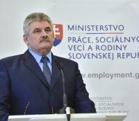 Словацька народна партія жадать Роберта Фіца, абы вымінив міністра праці Яна Ріхтера