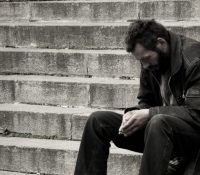 В авґусті ся понижило чісло людей одказаных на побераня соціалных давок