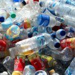 Američane schosnujuť 2,5 miliona plastikovŷch fľašok každu hodynu