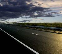 Автострада меджі Братіславов і Кошыцями бы мала быти скінчена в року 2025