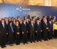 Председництво Словакії успішне, но з порушованьом закона