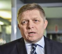 Ґенерална прокуратура выслухала Фіца про трестне ознамлїня ініціятівы За слушне Словеньско