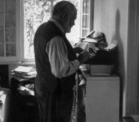 Ernest Hemingvej pysav postojačkŷ