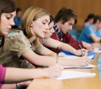 Днесь на середніх школах ся зачали матуріты