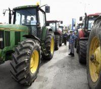 Ід протестній акції в Кошіцях ся придали і фармарї з тракторами