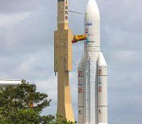 З козмодрому у Францюскій Ґвінеї одштартував ракетовый носіч з назвом Ariane 5