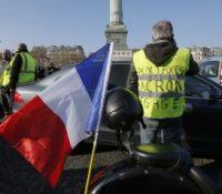 У Франції ся одбыли великы демонштрації