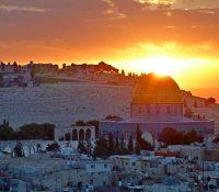 Палестинчанев Бетлегемі протестували против приходу патріярху Теофіла ІІІ.