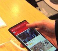 Учні можуть надалей хосновати мобіл в часі навчаня