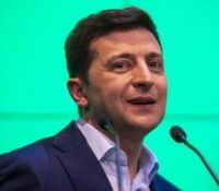 Зеленьскый вырішыв о заказі высылати трьом главным телевізным каналам на Україні