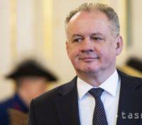 Роберт Фіцо критизує Андрея Кіску за його атакы на Словакію в заграничю