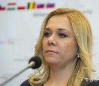 Надація Заставме корупцію вызвала міністерку внутра Денісу Сакову, абы Маріяна Крижа одкликала з функції директора шпиталю