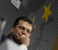 Вызерать то так, же влада СР зась номінує до Европской комісiї Мароша Шефчовіча
