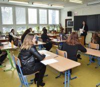 Міністерство хоче поступно підвышовати кількость псіхолоґів на школах
