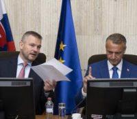 Золтан А. хоче перед дослідуючім выповідати і о корупції двох міністрів днешньой влады