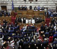 Новозволеный ґрецькый парламент од днешнього дня зачінать робити