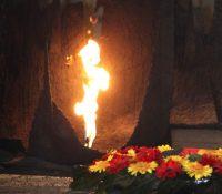 В Кромпахох поставили памятник голокавсту
