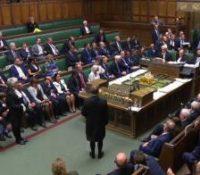 В британьскім парламенті будуть днесь у вечерных годинах голосувати за договор о тзв. брехіті