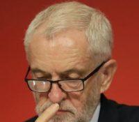 Лідер британьской Лейбрістічной партії повів, же премєр Боріс Джонсон бымав одступити