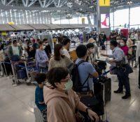 Міністерство заграніча рекомендує не подорожыти