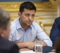 Україна дістала охранны маскы і тесты з Кітаю