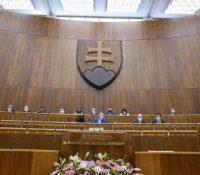 Коллар одкрыв друге засіданя парламенту