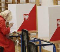 В Польщі не схвалили голосованя поштов в презідентьскых вольбах