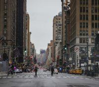 Ню Йорк продовжує обмеджіня рушаня до 15. мая