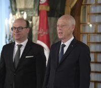 Туніськый премєр Фахфах одступив з функції