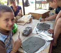 Таборницї в Реґетовцї ся учать як хранити і крашлити природу