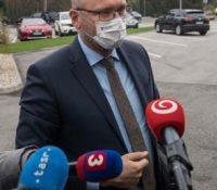 SaS підтримує міністерку Коликову