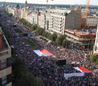 В Празї протестовали стовкы людей