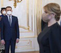 Презідентка днесь прийме демісію премєра Матовіча