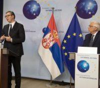 Еврокомісія одсуджує документ о перекресліню граніць на Балкані