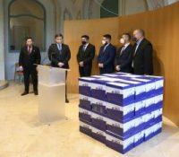 В Презідентьскім палаці была одовздана петіція за выголошіня референдума о предчасных вольбах