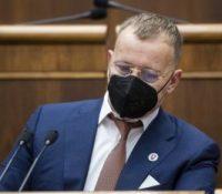 Коллар скликав міморядне засіданя парламенту