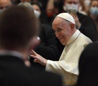 Папа Франціск ся заставив в Екзерцішчнім домі Сполочности Ісусовой в Пряшові
